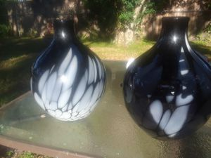 Really nice set of matching flower vases for Sale in Clearwater, FL