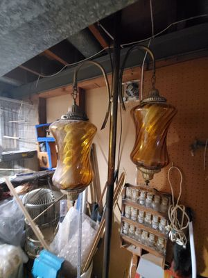 Vintage tension poll lamp for Sale in Maryland Heights, MO