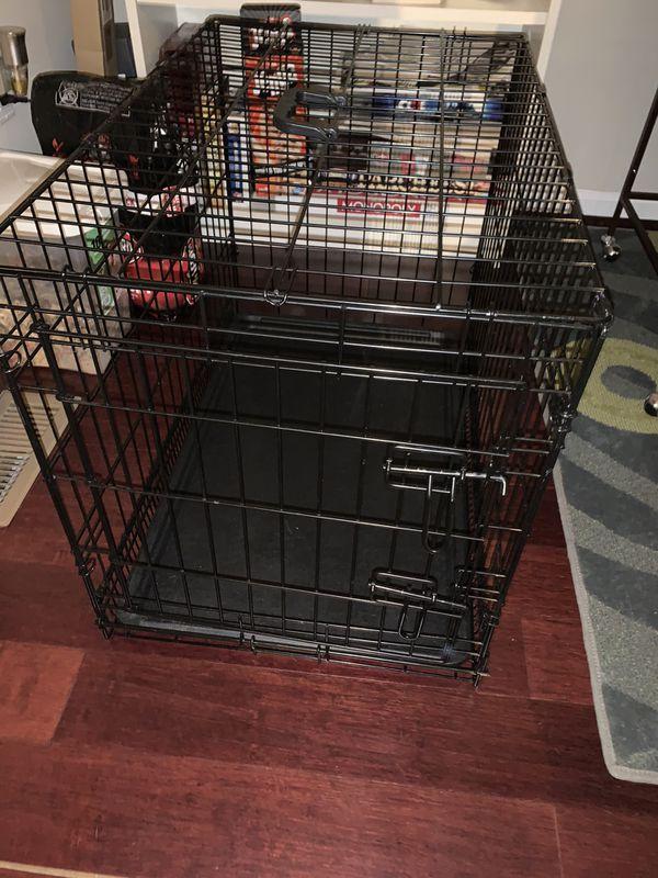 Medium sized pet crate