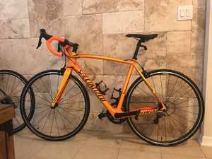 Specialized Carbon fiber bike 56 with Shimano 105 for Sale in Tampa, FL