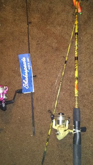 Pink Shakespeare reverb and Hunter classic hi tech fishing rods for Sale in Whitsett, NC