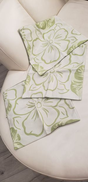 3 tropical flower beach themed home decoration throw pillow cases / cover NEW without tags 19x19inches for indoor or outdoor use for Sale in Ontario, CA