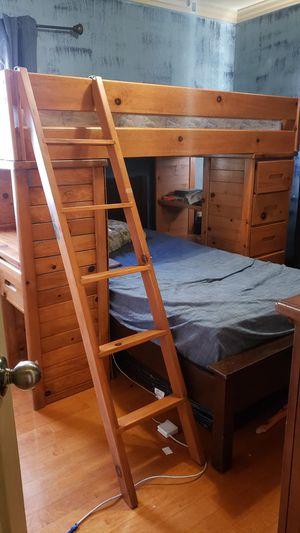 Bunk bed desk amd shelves drawers for Sale in Chula Vista, CA