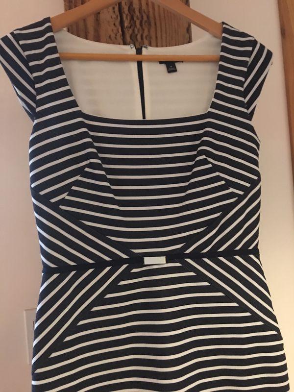 Ann Taylor Blue/White Dress, Size 0, Never worn