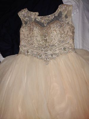 Prom/sweet16/quincenera /dress for Sale in Chicago, IL
