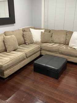 Very Clean Sectional for Sale in Hillsborough,  CA