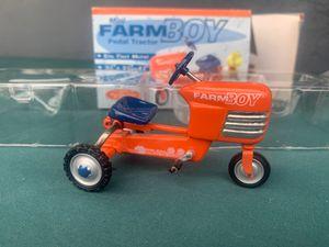 Xonex Mini farm boy pedal tractor for Sale in Santee, CA