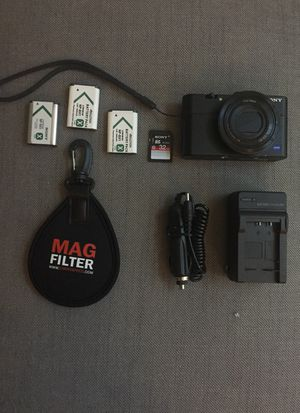 Sony rx100 M2 camera bundle for Sale in Atlanta, GA