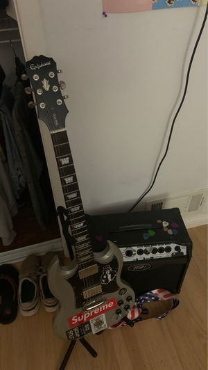 Epiphone SG pro and peavey vypyr combo for Sale in Pacifica, CA