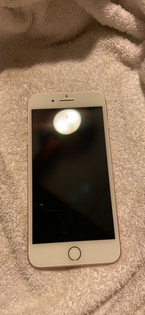 iPhone 8 Plus for Sale in Mansfield, NJ