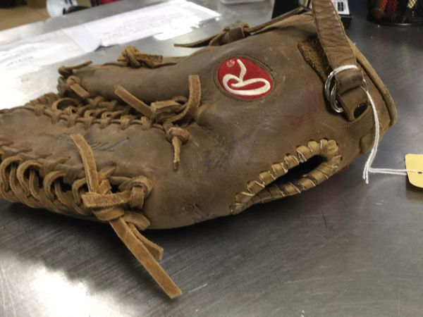 Rawling outfield glove