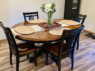 Solid Wood Dining Table And Chairs Set for Sale in Bothell,  WA