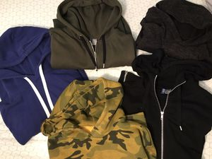 H & M DIVIDED hoodies / sweaters lot of 5 Like New! for Sale in Woodbridge, VA