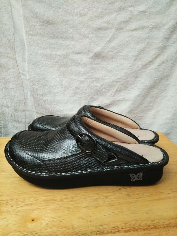 Alegria size 41 clogs like new, never worn. $40
