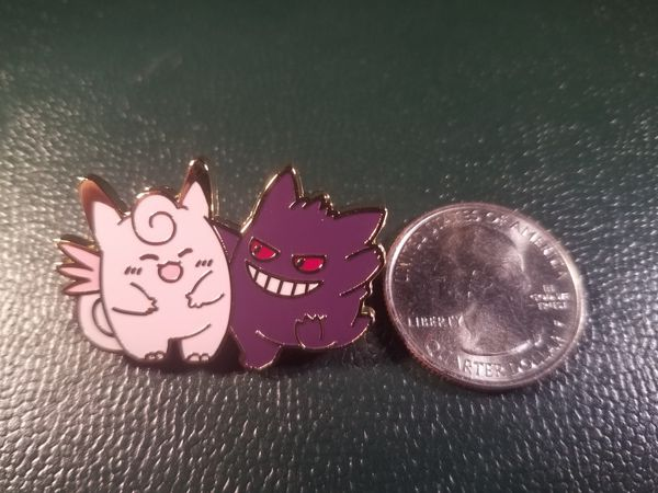 *SHIP ONLY* Gengar Hitting on Clefable Metal Collectible Pokemon Pin Badge