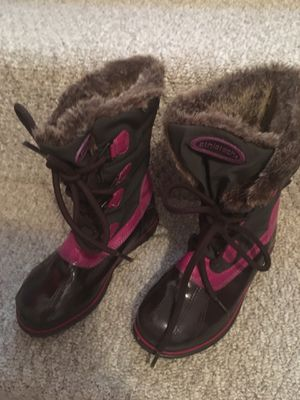 Snow boots, kids size 13 for Sale in San Diego, CA