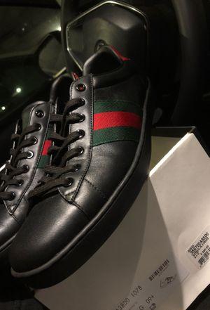 Size 10 gucci shoes for Sale in Chula Vista, CA