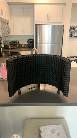 MONOPRICE Pro Audio Series Isolation shield for Sale in San Marcos, CA