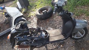 50cc scooter for parts or repair for Sale in Royal Palm Beach, FL