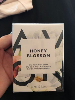 Honey Blossom Perfume Avon for Sale in Pomona, CA