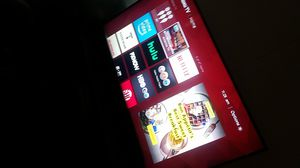 55 inch tcl Roku smart TV w sound bar for Sale in Pawtucket, RI
