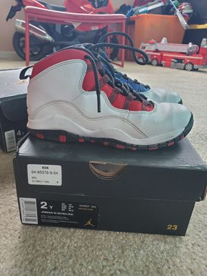Jordan Retro 10 size 2Y for Sale in Los Angeles, CA