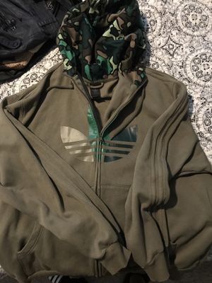 Adidas camo hoodie. SzXL for Sale in Orlando, FL