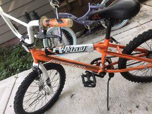 Kids bike like new tire size 20 for Sale in Brookfield, IL