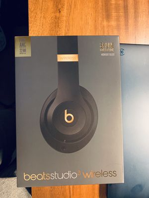 Wireless/Wired Beats Studio 3 headphones for Sale in Sacramento, CA