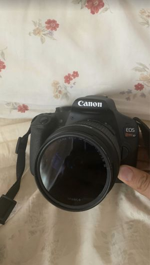Canon EOS Rebel T7 for Sale in Chicago, IL