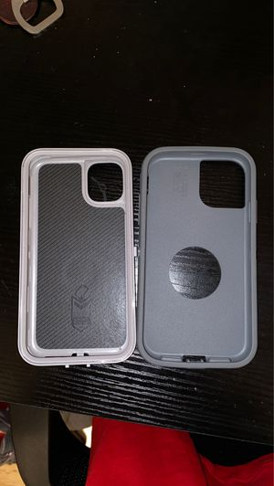 Iphone 11 Otterbox with built in popsocket for Sale in Columbia, MO
