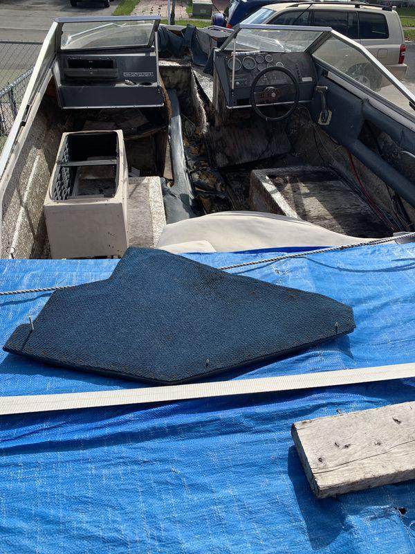 18 Foot Bayliner Boat