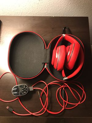 Beats studio 2 wired for Sale in Riverview, FL