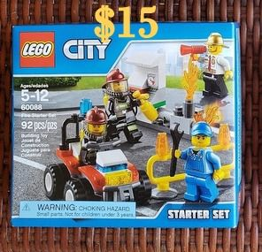 BRAND NEW Lego City Starter Set - has 5 mini-figures!! for Sale in Plano, TX