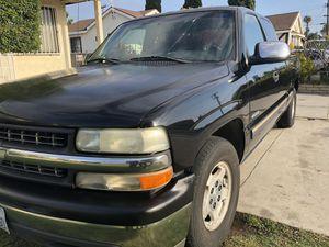 2002 Chevy Silverado 1500 for Sale in Artesia, CA