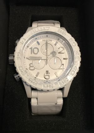 Nixon Chrono 42-20 White and Silver Watch A037-1255 for Sale in Ashburn, VA
