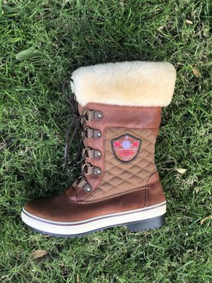 Womens Leather UGG Boots | Size 7 for Sale in Riverside, CA