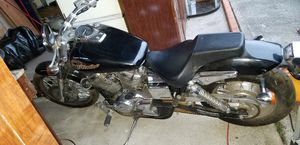Must sell 2005 Honda Shadow Spirit 750cc for Sale in Puyallup, WA