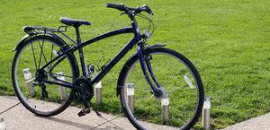 SPECIALIZED GLOBE HYBIRD/COMFORT for Sale in North Olmsted, OH