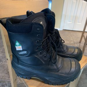 Size 9 Boots for Sale in Damascus, OR