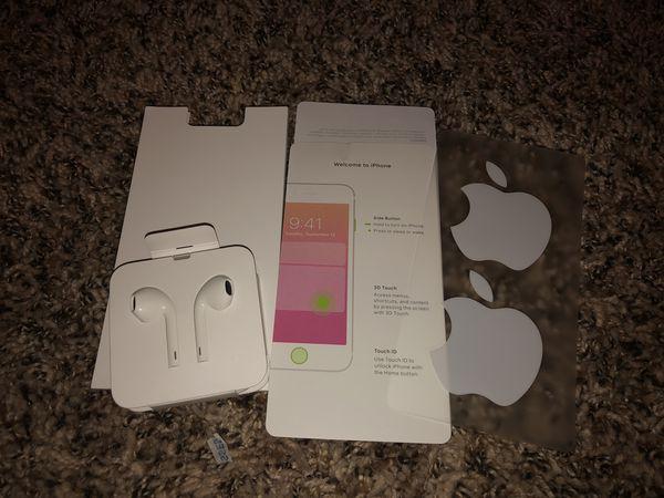 Apple headphones and acccesories