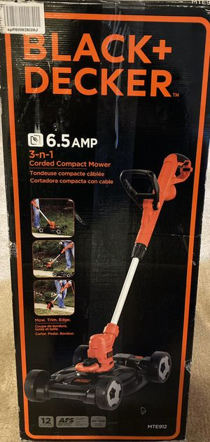 BLACK+DECKER 3-in-1 String Trimmer/Edger & Lawn Mower, 6.5-Amp, 12-Inch for Sale in Germantown, MD