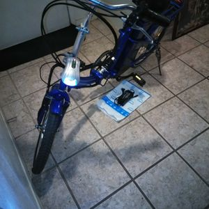 Electric Folding Bike 36 Volt(New Charger And Upgrade To Li-ion Battery) for Sale in Phoenix, AZ