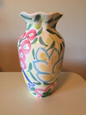 """Beautiful Flower Floral ceramic painted vase multi-color 9.5""""Hx5""""W. Like new cond. (no chips, no cracks) for Sale in Westborough, MA"""