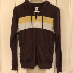 Maurice's Zip-Up Hoodie, size large for Sale in Vancouver, WA