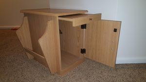 End table with magazine rack, sliding shelf, and cabinet. for Sale in Trappe, PA
