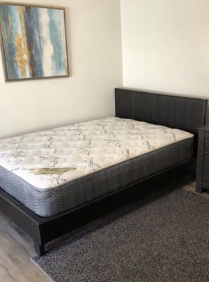 Queen bed and bamboo mattress for Sale in South Gate, CA