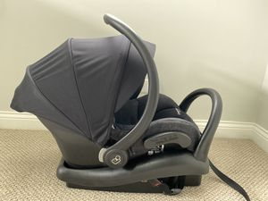 Maxi Cosi Mico Max 30 - infant car seat for Sale in Elk Grove Village, IL