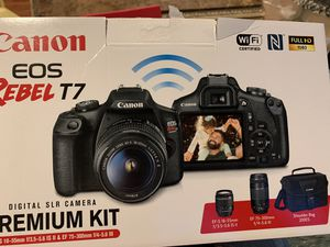 Canon camera for Sale in Port Jefferson Station, NY