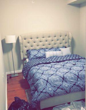 Luxury Queen size bed for Sale in McLean, VA